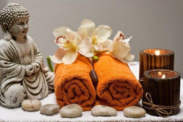 Tantric massage accesories